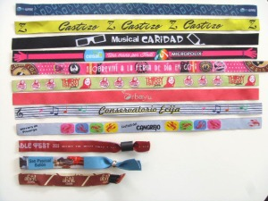 pulseras-bordadas-personalizadas