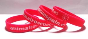 Ejemplos pulseras de silicona solidarias