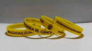 fabricación pulseras de silicona contra el cancer