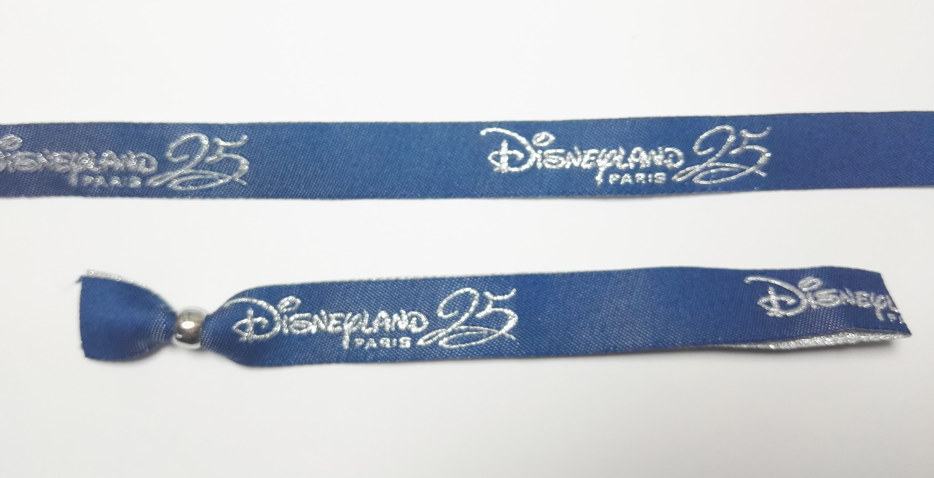 ab79dd86e3a6 Pulseras personalizadas Disneyland Aniversario